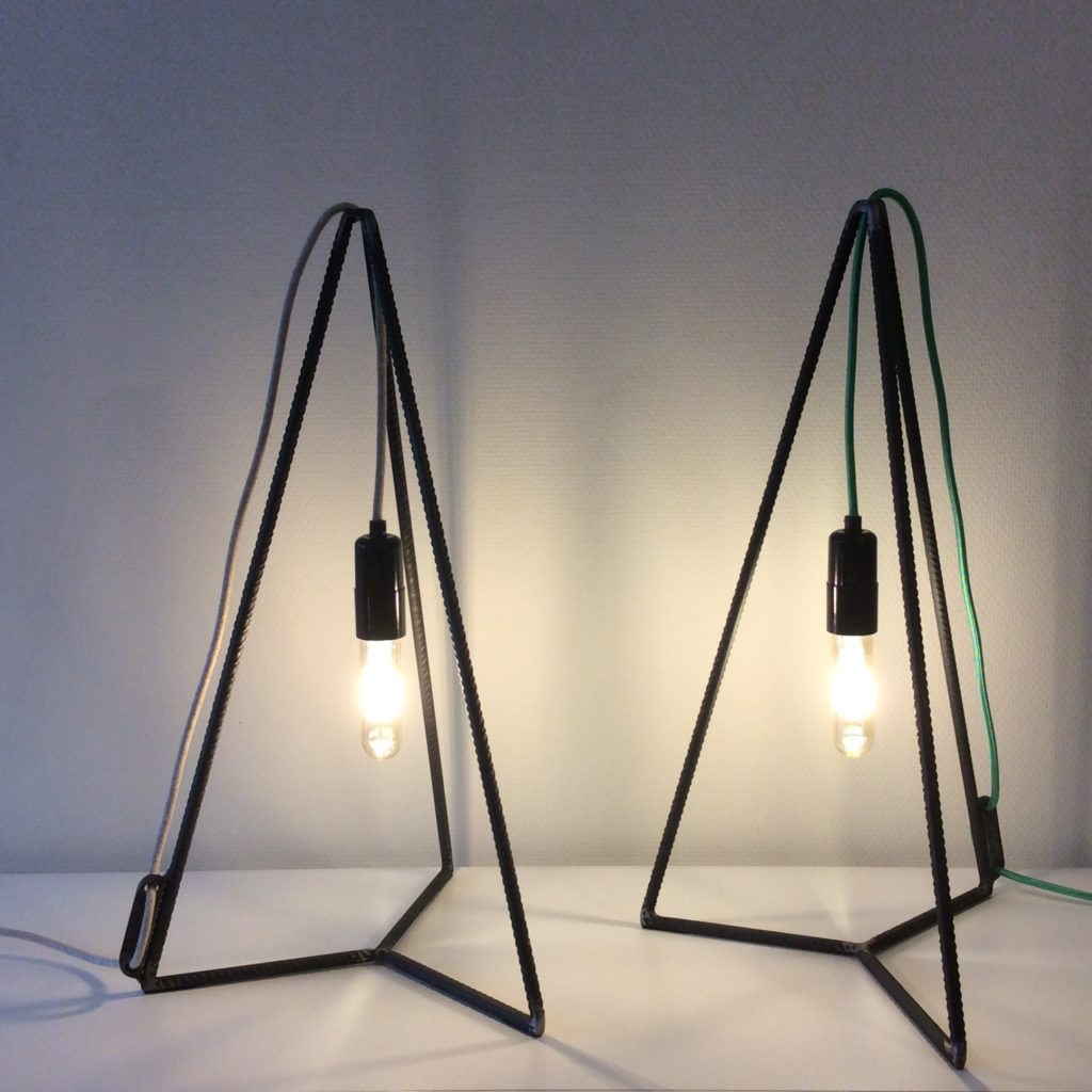 Intter, lamp, verlichting, led, ledlamp, eigenmaak, opmaatgemaakte verlichting, decaratief, decoratie, inrichting, leeslamp, tafellamp, bureaulamp, kastlamp